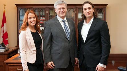 Stephen Harper et les gagnants d'Occupation Double